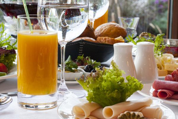 Petit-déjeuner-continental